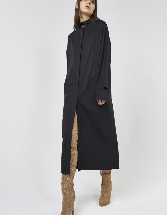 Black deconstructed long shirt/dress with detached collar and cuffs by Boyarovskaya made in Paris of 100% cotton
