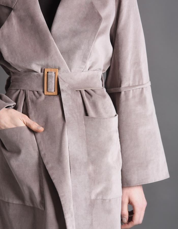 Grey velvet coat with bamboo buckle detail