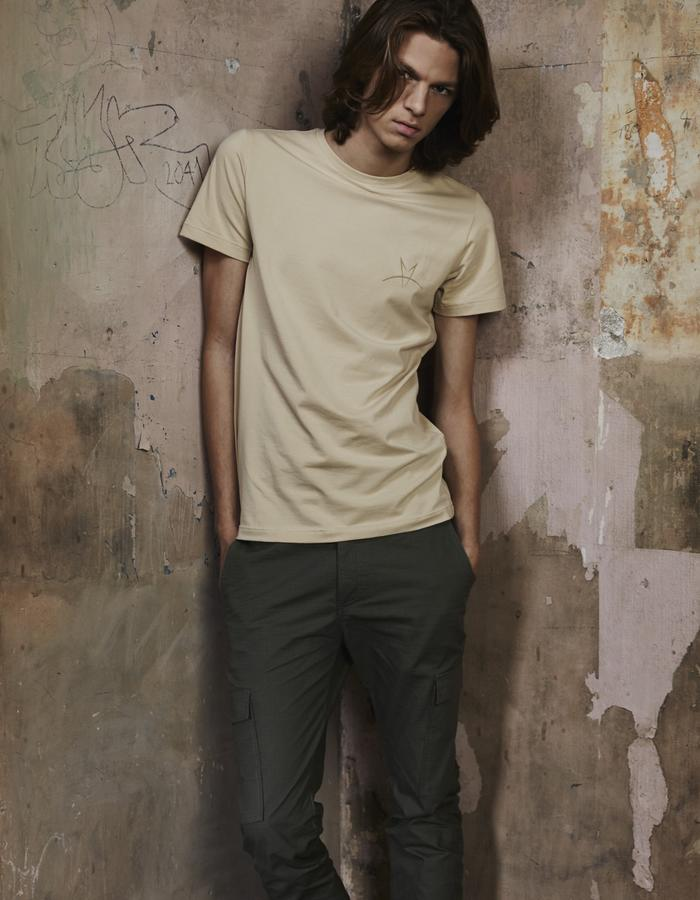 Arc Beige T-Shirt & Green Combat Trousers