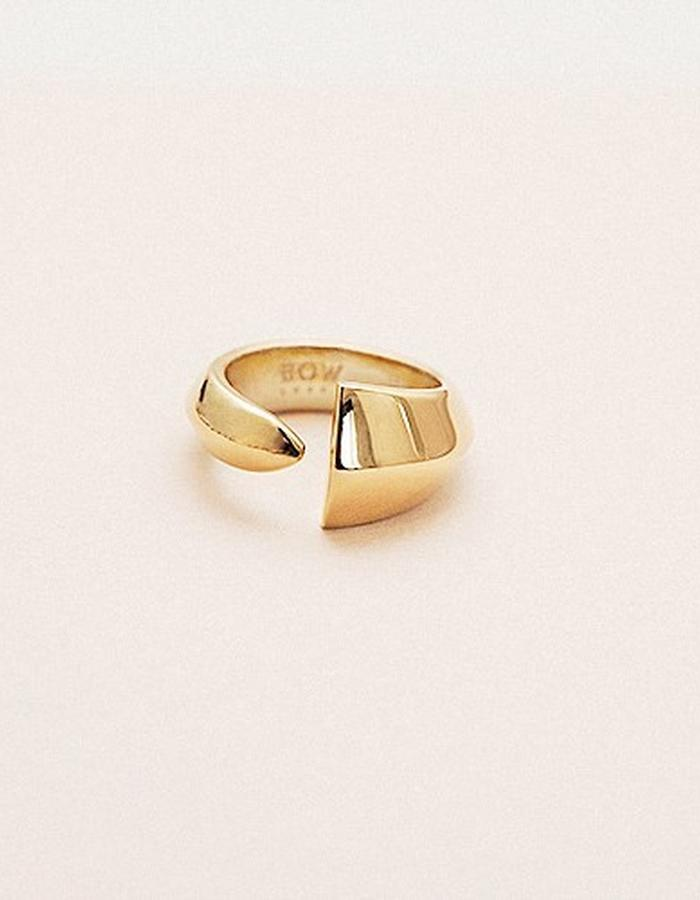 BOW LABEL - ÉPEE PINKY RING - GOLD PLATED SILVER 225 EUR
