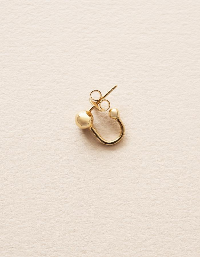 BOW LABEL - SPACE IN TOGETHERNESS STUD EARRING - GOLD PLATED SILVER