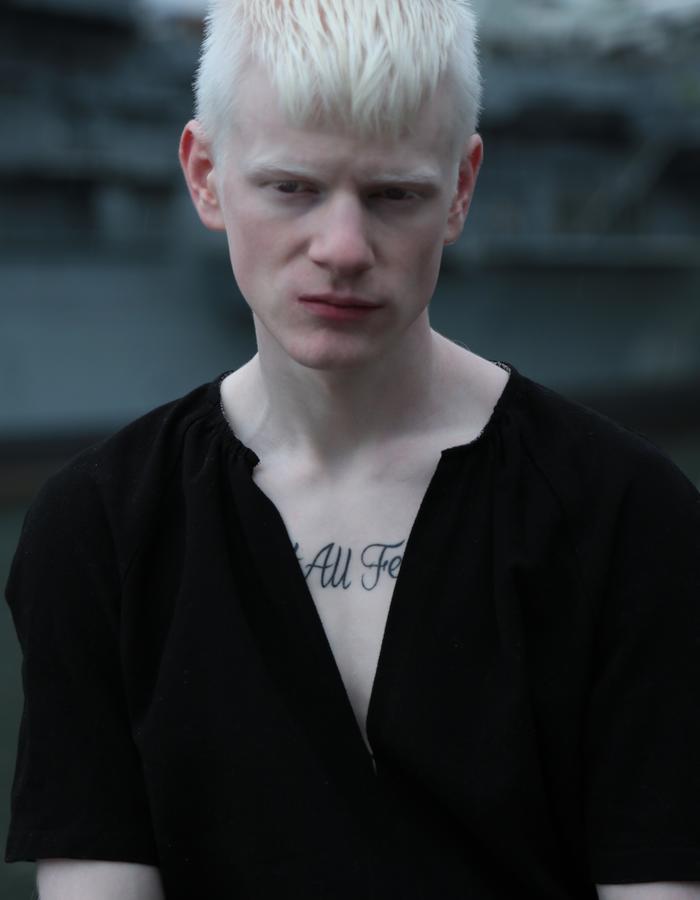 photo: Manuel Zúñiga / model: Joseph Winscom-Homme MGMT NYC
