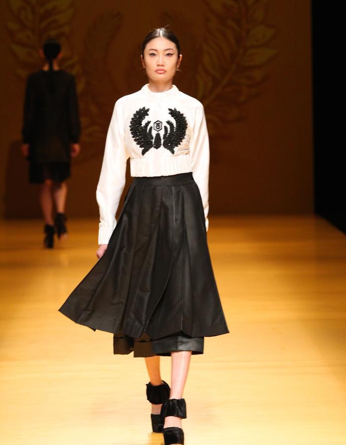 NGUYEN CONG TRI AW16 TOKYO FASHION WEEK - COLLECTION NO.09 ~ LUA ~ 05