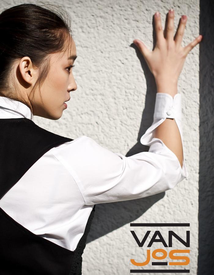 Van Jos womens business wear Amsterdam - suede chrocheted little vest