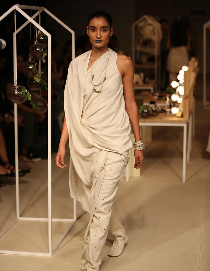 Ecru,sareepants,khadi,drape,mirrorwork,undyed
