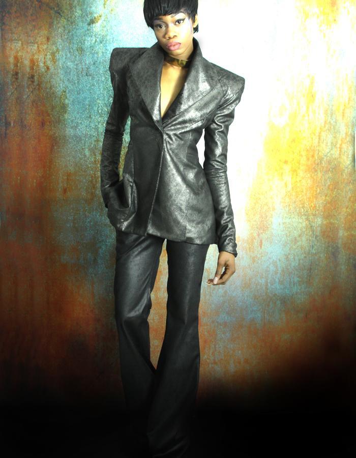 Model: Organ Kiawa | Photography/Fashion Design: Jennifer Moica