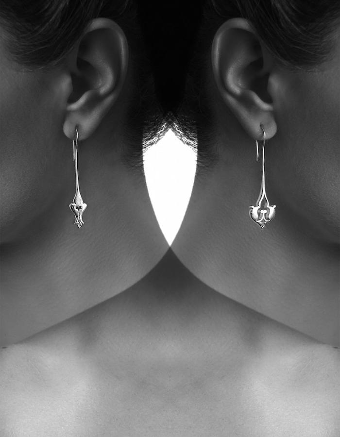 Completing Opposites earrings - Silver