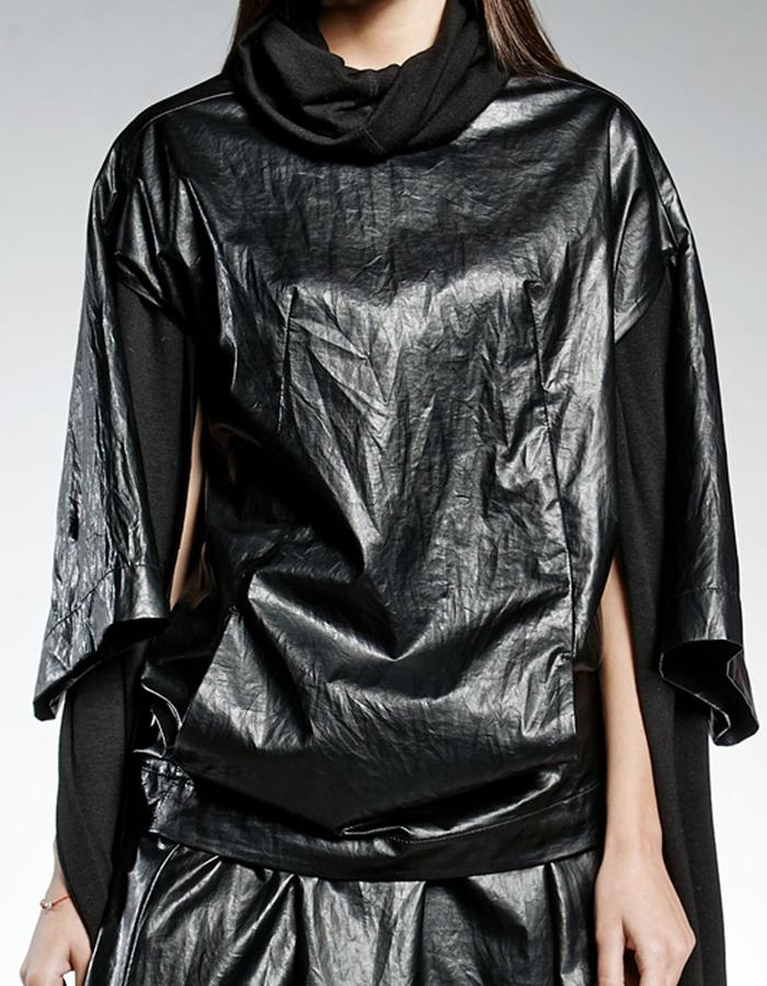 LIMITED EDITION V-SILHOUETTE TUNIC