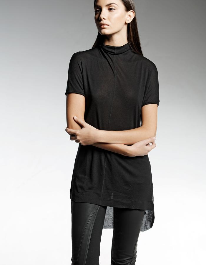 THIN KNIT TOP WITH HIGH NECK LINE AND KIMONO SLEEVES