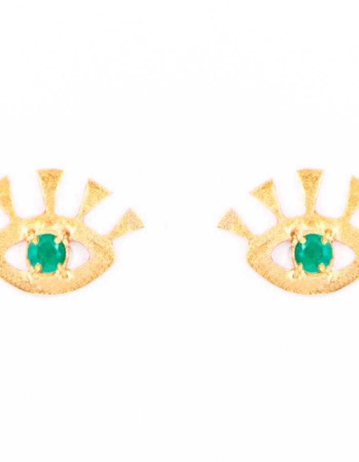 Iris with emerald