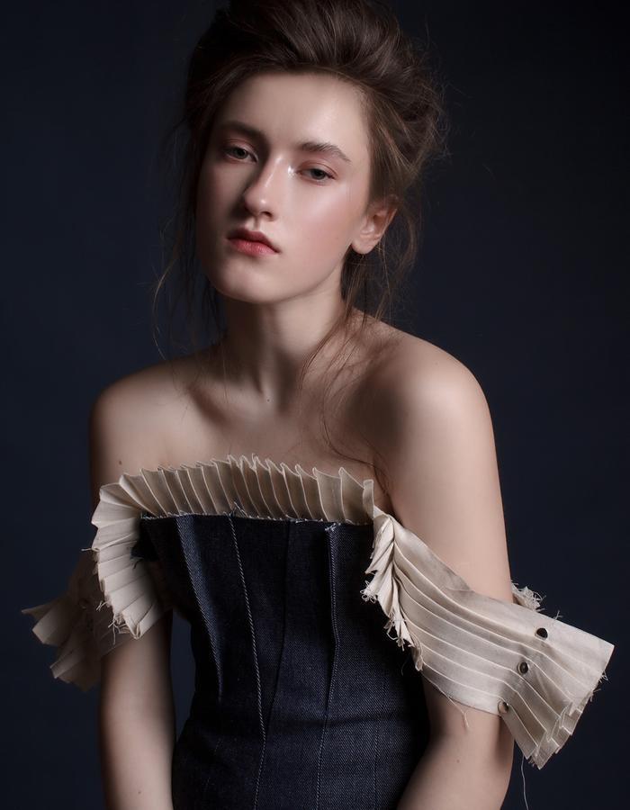 Olya Kosterina | Glove Denim Gown & Linen Raw Pleated Shirt