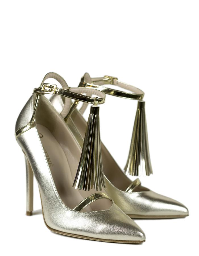 Valentiné, Shoes, Fall, Winter, Collection, 2017, Charm, Bracelet, The, Shoe, with, a, charm, Pandora