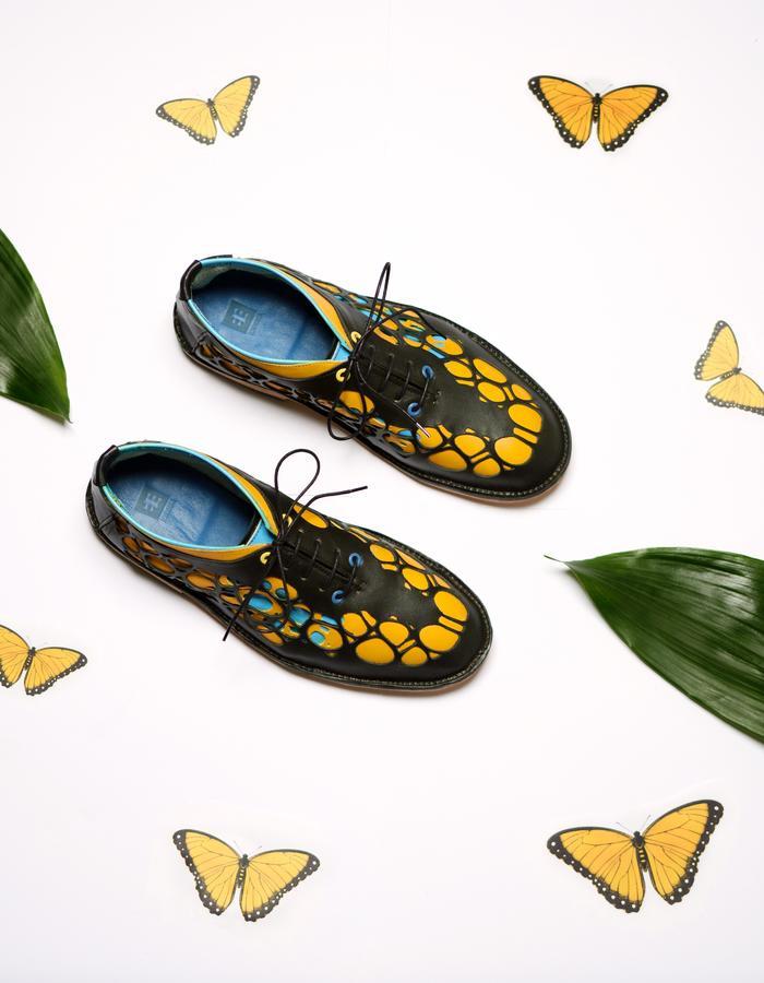 Natura 85 shoes by Fernando Echeverria