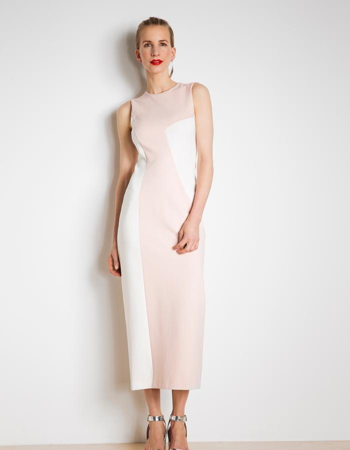 Workday dress in pastel colours
