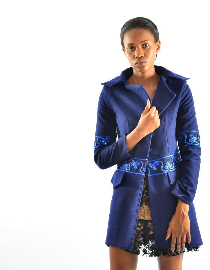 100 % short blue wool coat