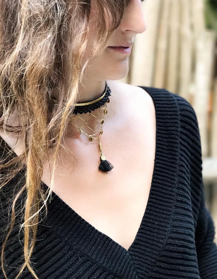 Crisscross necklace