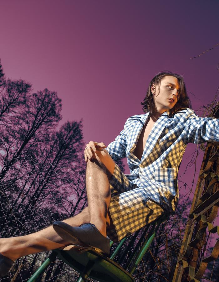 Trendy clothes for every day, mens fashion, ultra normal, menswear,made to dare, status by shtamguts, spring summer 2017, mens style, alternativ, checkered fabric, suit, shorts.