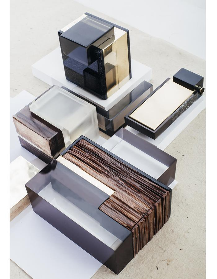 leather like wood / Multifunctional containers
