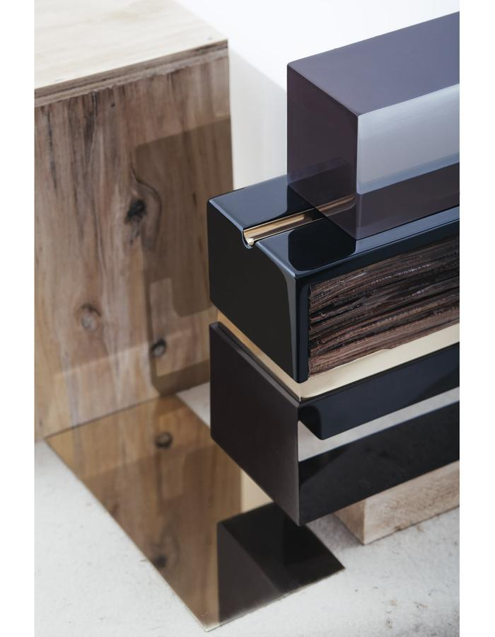 leather like wood / Bottle / details