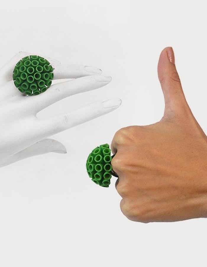 POMPON Ring • Green