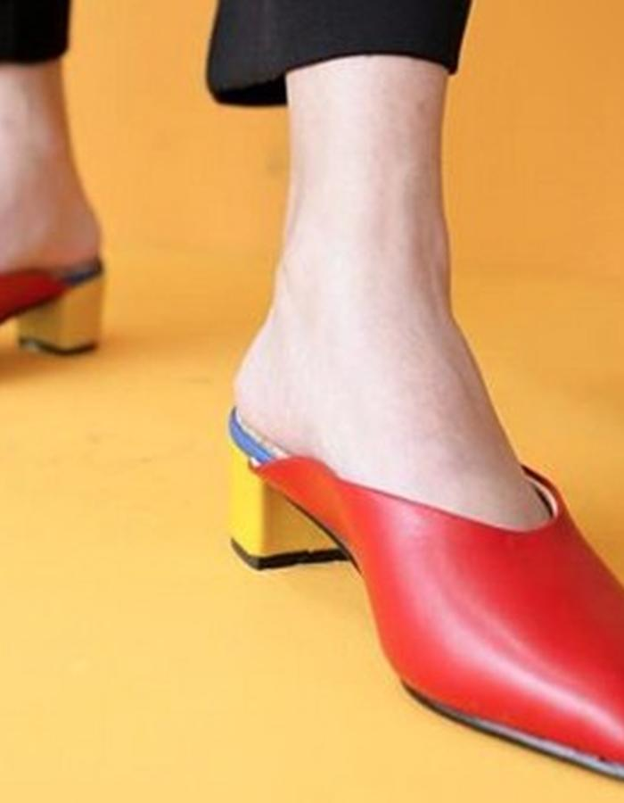 Red Version of our Cecilia Pump.Photo by Noldo for Satisfactory Shop
