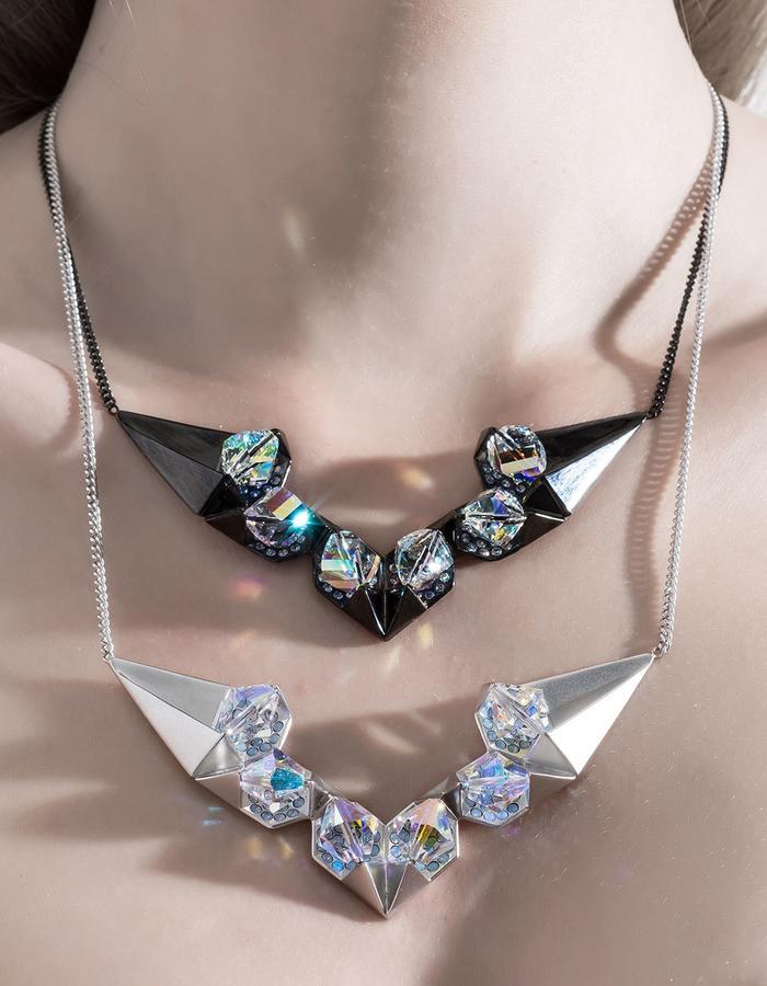 jittrakarn, jewellery, pendant, necklace, swarovski, futuristic, design, iridescent, invisible, collection