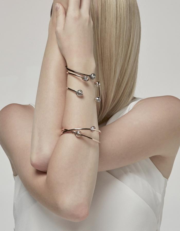 jittrakarn, jewellery, bracelet, swarovski, futuristic, design, iridescent, moon, collection