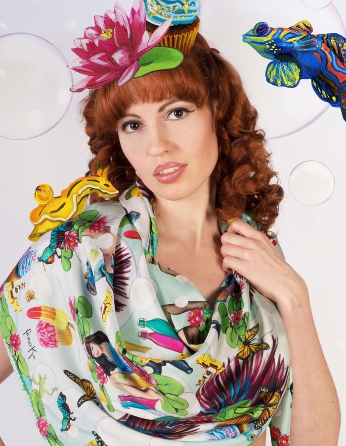 """bubbles""scarf by Fiona K. 120cm x 120cm, 100% twill silk"