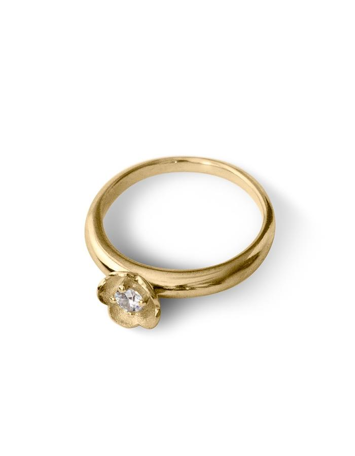 Yellow gold and diamond floral inspired solitaire ring
