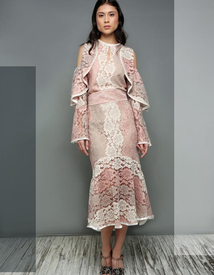 Waves Boldlace Blouse & Versailles lace Skirt