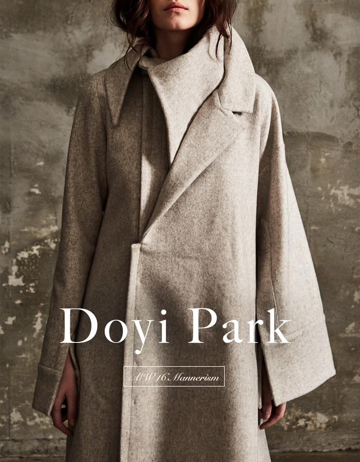 Doyi park look1