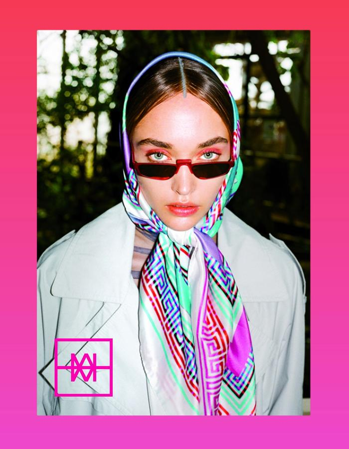 IXK | Postcards from the Future | Silk | Foulard No.11 Welcome to the Future
