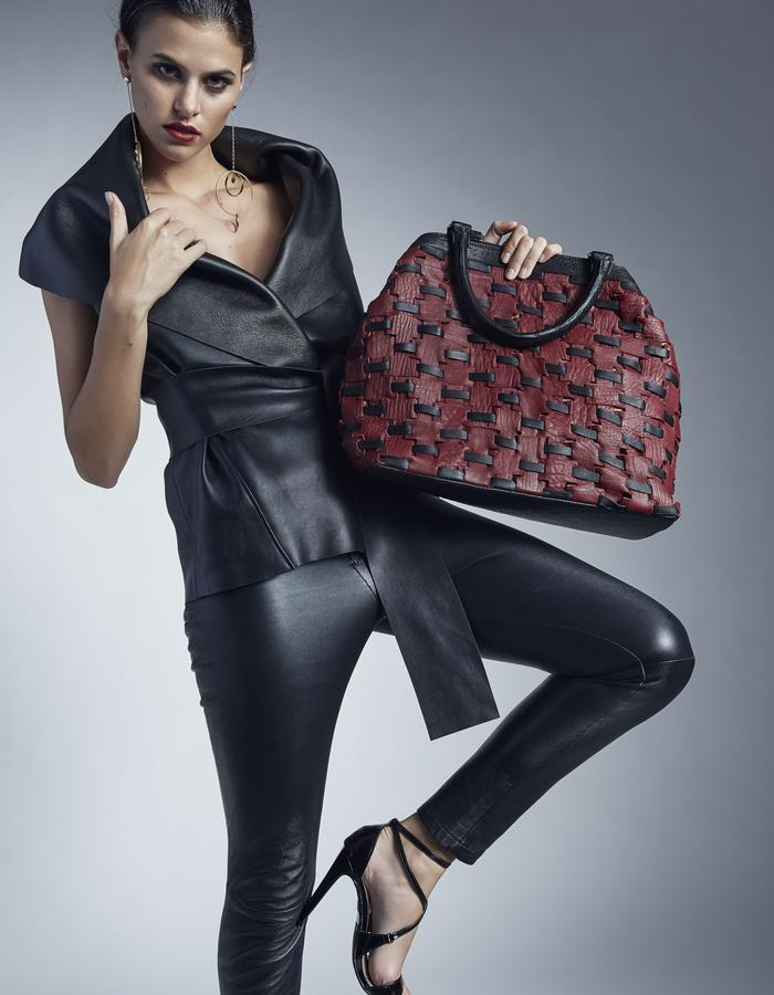 Jordan Tote in black & red • Costa Rica Handmade