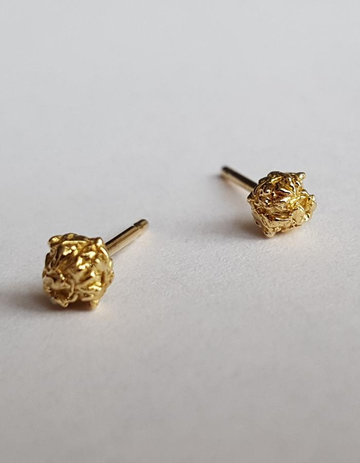 18K Yellow Gold Stud Earrings