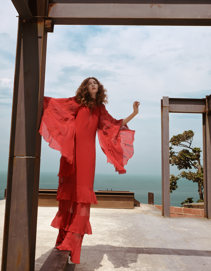 KARINE FOUVRY EMBROIDERED SILK TIERED REDGOWN, PHOTO BY CLAUDIO CARPI